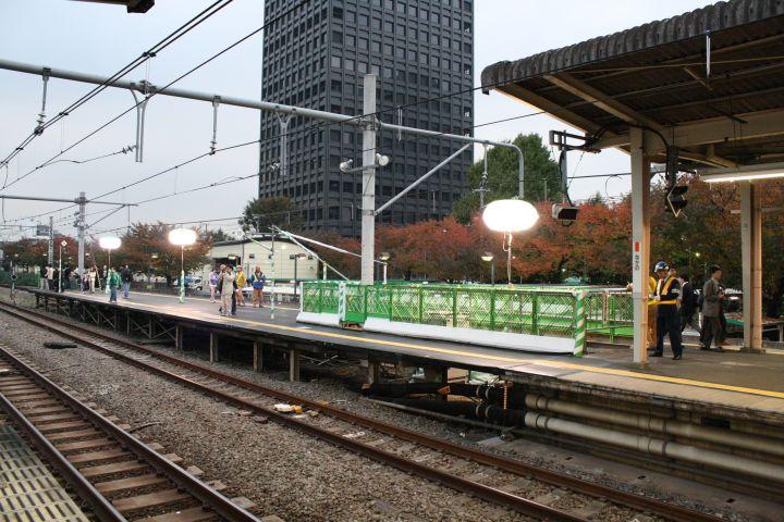 http://www.morinohiroba.jp/rail/kanko/20081115/L/160325.jpg